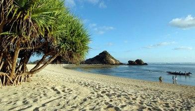 Pantai-Kuta-di-Lombok